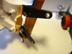 改造したブラストアローのボディ後部のアップ(裏側)