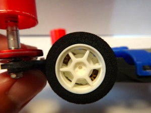 改造したブラストアローの前輪