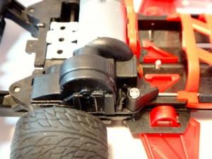 バンガードソニック(フルカウルミニ四駆)に取り付けたワンロックギヤカバーその1