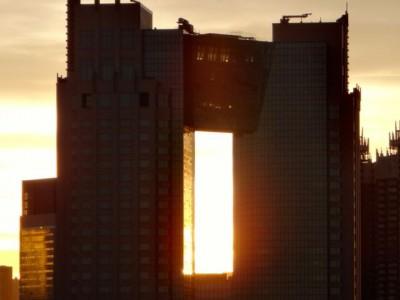東京ビックサイトの屋上から眺める夕日