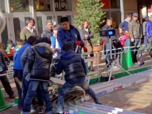 ミニ四駆ジュニアカップ・トレッサ横浜杯2013[秋]大会運営するスタッフの様子その2
