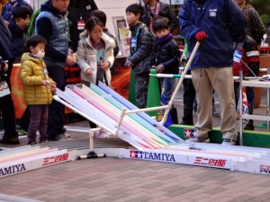 ミニ四駆ジュニアカップ・トレッサ横浜杯2013[秋]練習走行の様子その2