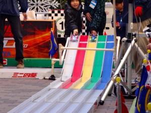 ミニ四駆ジュニアカップ・トレッサ横浜杯2013[秋]レースの様子その1