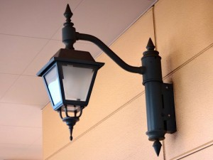 トレッサ横浜南楝2F通路の電灯