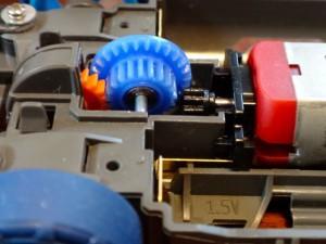 両軸モーターのカウンターギヤ