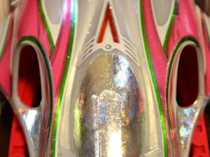 エアロマンタレイ(ARシャーシ)のボディの穴