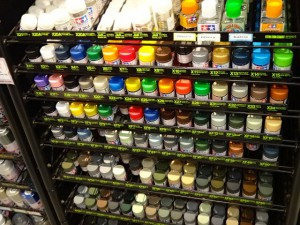 塗料売り場(主にアクリル塗料)