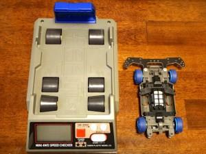 ミニ四駆スピードチェッカーと計測用のワークマシン