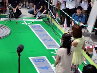 ミニ四駆のテレビ特番で優勝した2人がジャパンカップ2013に参加した時の様子