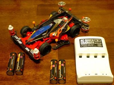 ミニ四駆とタミヤ製の充電器&電池