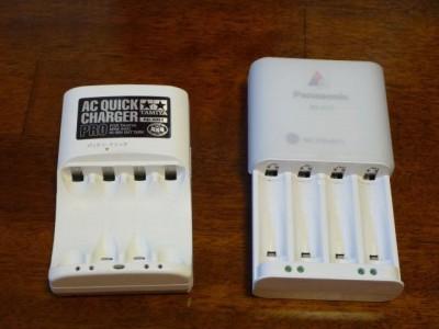 タミヤ急速充電器PRO、パナソニック急速充電器(BQ-CC11)