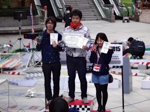 ミニ四駆の公式大会の表彰台(オープンクラス)