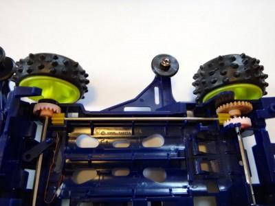 プロペラシャフトが四輪駆動を可能にする